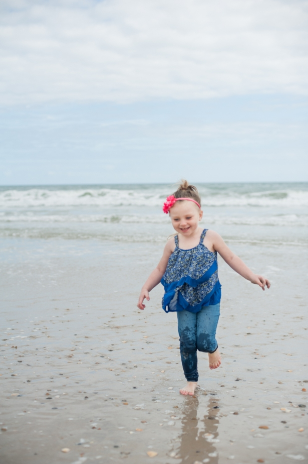 aPear Photography, lifestyle family photography, family and kid photography, Eastern North Carolina photographer, Jacksonville NC Photographer, Jacksonville kids photography, Jacksonville family photography